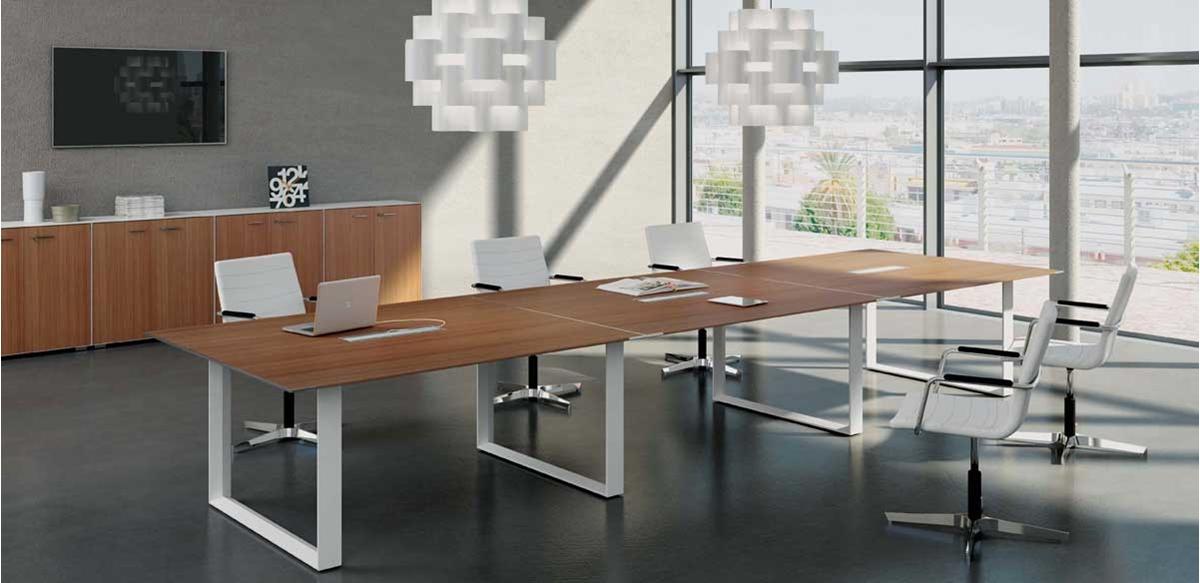 Tavolo riunioni cm. 480