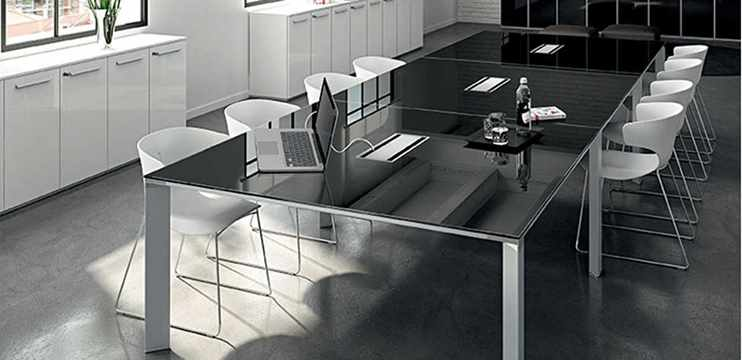 Richiesta informazioni | Tavolo riunioni vetro nero cm. 480 x 160 ...