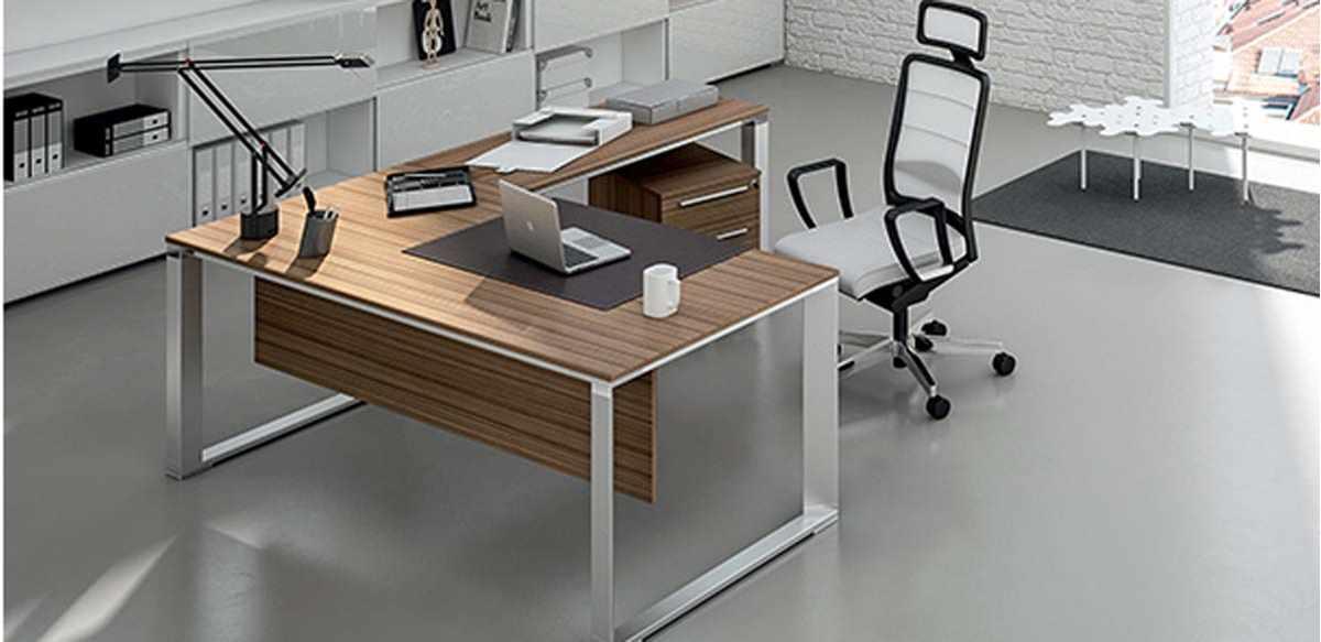 Mobili per ufficio scrivania angolare direzionale gambe for Dimensioni mobili ufficio