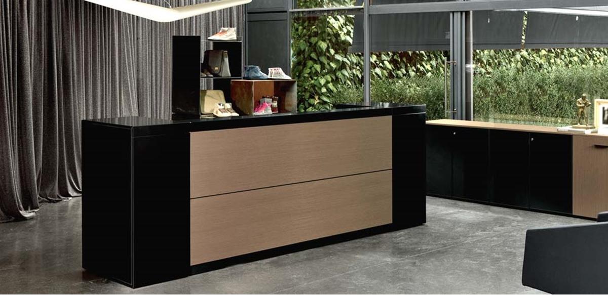 Mobili per ufficio bancone con mobili contenitori dotati for Color tabacco mobili