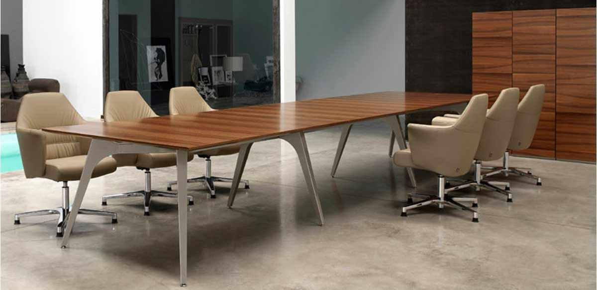 Mobili per ufficio tavolo riunioni legno essenza noce for Color tabacco mobili
